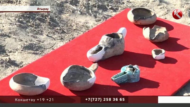 Актобе-Лаэти, покинутый жителями в XIV веке, подарил археологам сотни артефактов