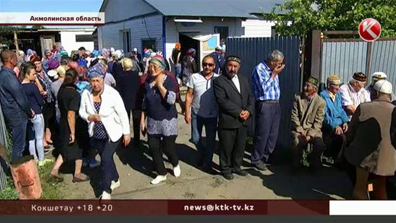 В Акмолинской области похоронили погибших в жутком ДТП