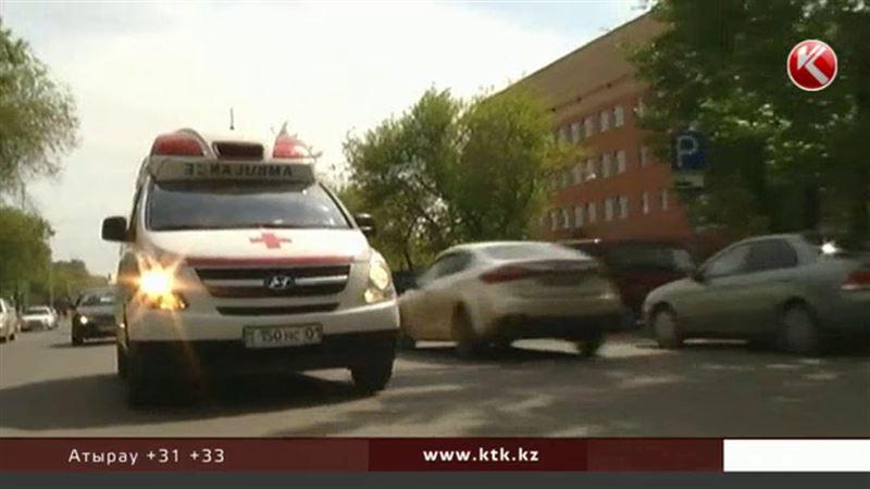 Скорая помощь в Казахстане будет приезжать не ко всем