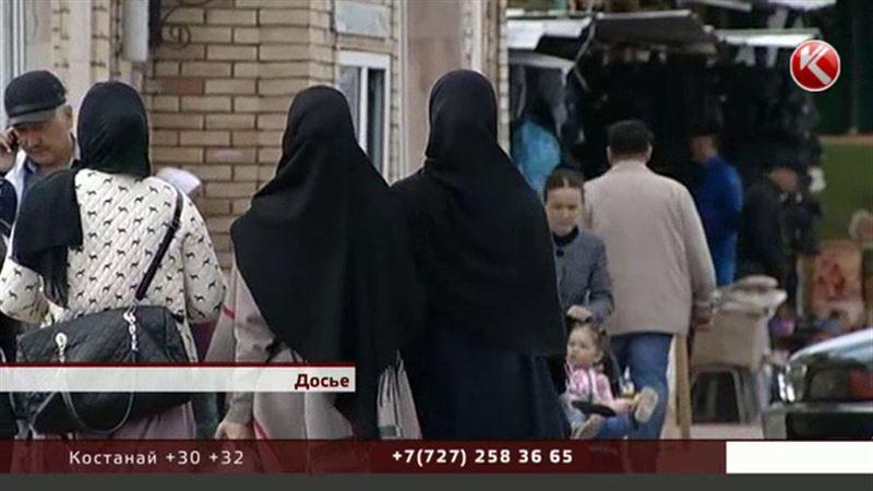 Одежду, закрывающую лицо, в Казахстане запретят законом