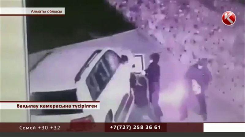 Алматы облысында тек қымбат көліктерді талқандайтын қаскөйлер пайда болды