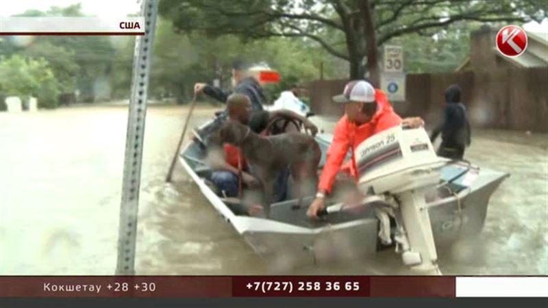 Казахстанцев эвакуировали из затопленного Хьюстона