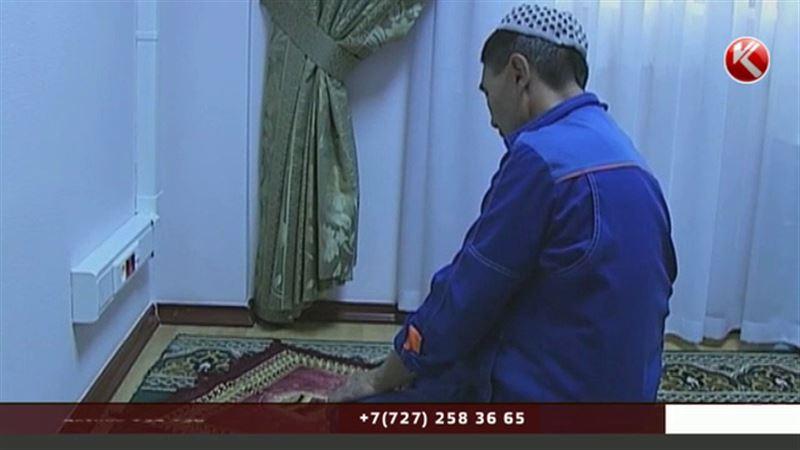 Мусульмане снова могут молиться в общественных местах