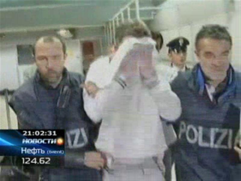 Советник постоянного представителя республики в ЮНЕСКО Валерий Толмачев попытался захватить самолет, следующий из Парижа в Рим
