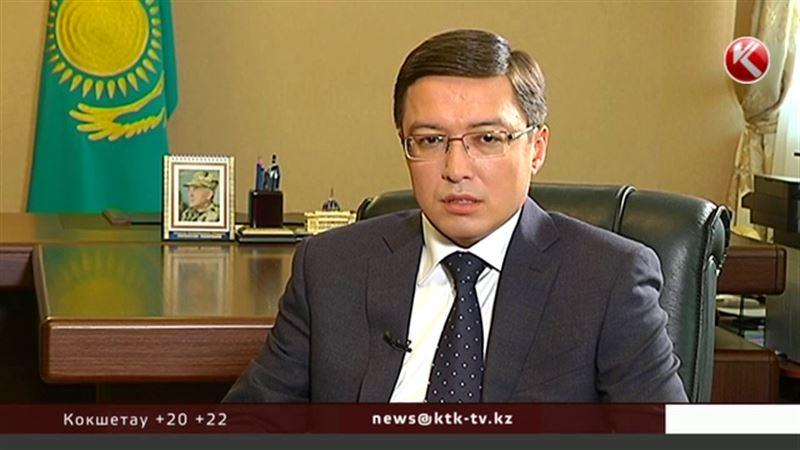 Как изменится курс тенге после девальвации в Узбекистане и увеличения госдолга США? Чего ожидать в понедельник?