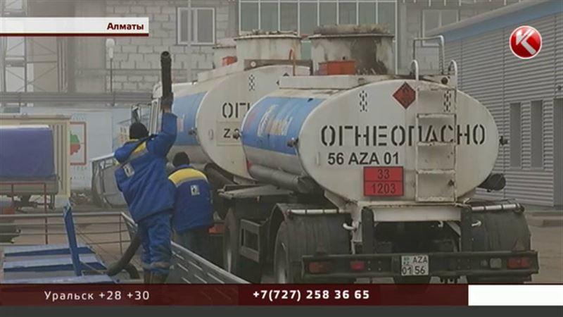 Чтобы бензин не разбавляли, в Казахстане могут создать контролирующий орган