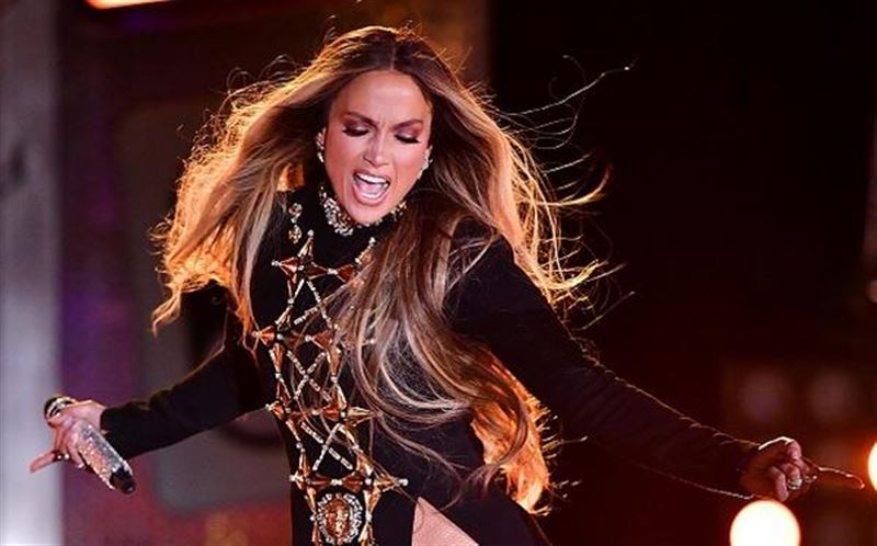 "Во время концерта Jennifer Lopez со сцены прокричала ""Казахстан"", ""GGG """