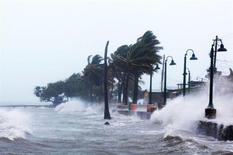 Шторм «Мария» усилился до урагана первой категории