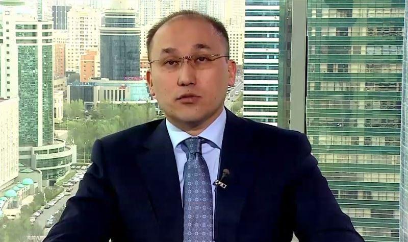 Министр Даурен Абаев записал видео с разъяснением о поправках в законе о СМИ