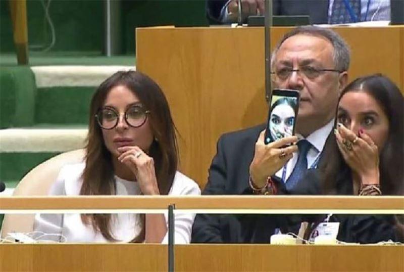 Дочь президента Азербайджана  сделала селфи во время речи отца на Генассамблее ООН