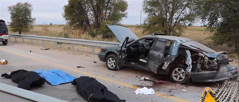 Трое погибли в жутком ДТП в Алматинской области