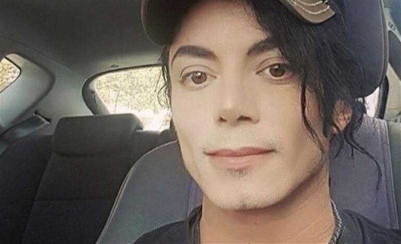 В Сети пустили слух, что поп-король Майкл Джексон жив
