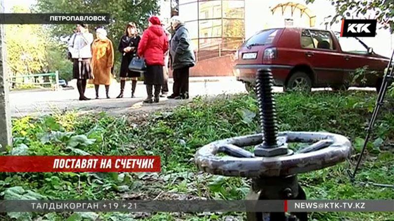 «Это издевательство»: жителей Петропавловска оставили без горячей воды
