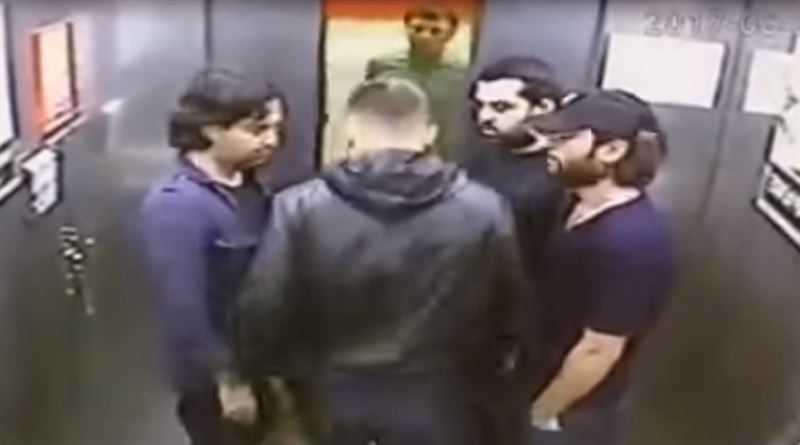 Один против троих: избиение в лифте