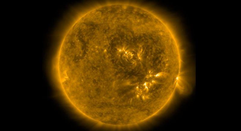 «Тёмное сердце» разглядели на поверхности Солнца
