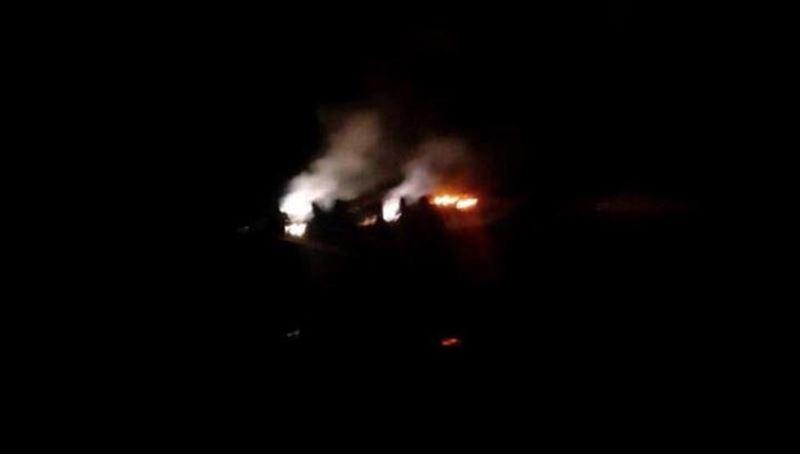 В Сети появились кадры с места крушения самолета Ан-28 под Алматы