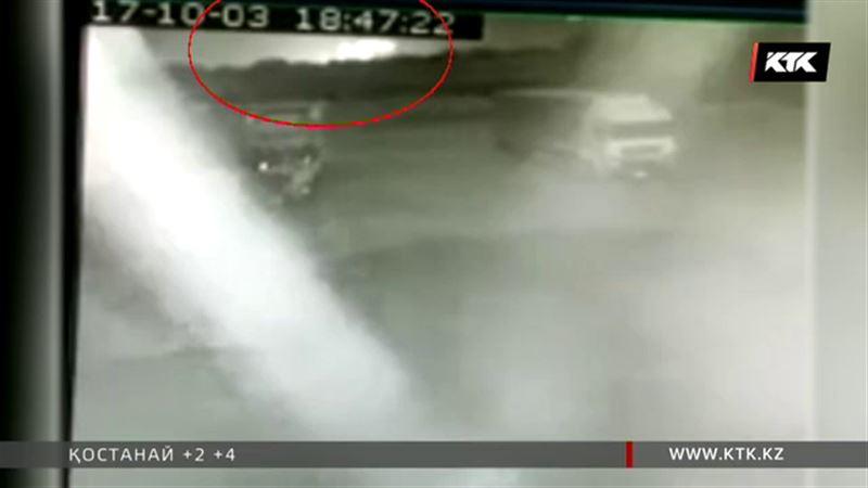 АН-28-дің құлаған сәті камераға түсіп қалған