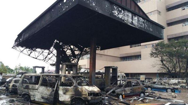 Видео: мощный взрыв прогремел на автозаправке в Гане, есть жертвы