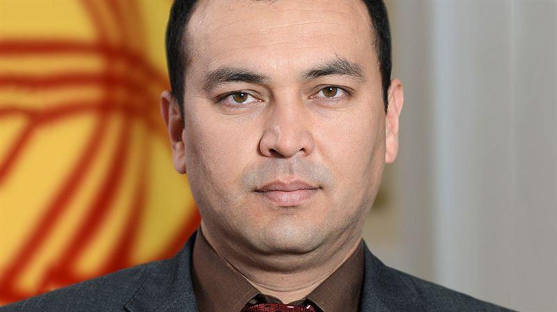 Сегодня в Бишкеке простились с погибшим в ДТП вице-премьером Киргизии