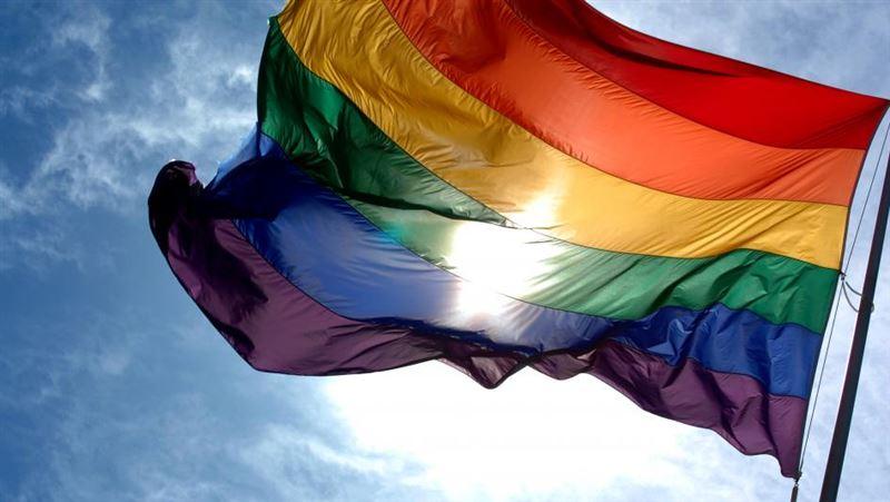 В Таджикистане поставили на учет геев и лесбиянок