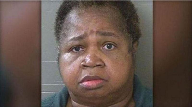 В США женщина весом 147 килограмм насмерть задавила племянницу