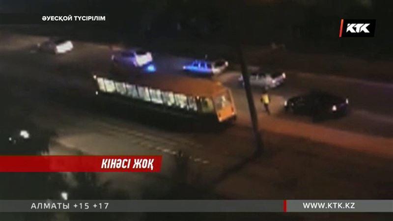 Павлодарда трамвай қағып кеткен бала кілтін алмақ болған