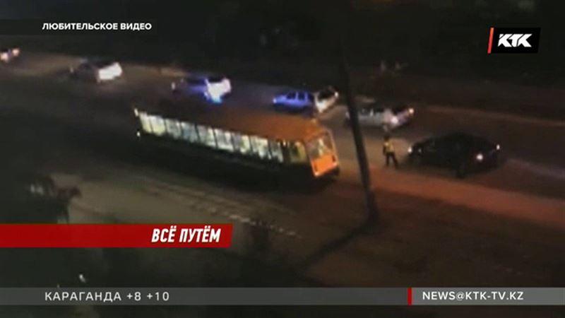 Мальчик, на которого наехал трамвай, искал на путях ключи