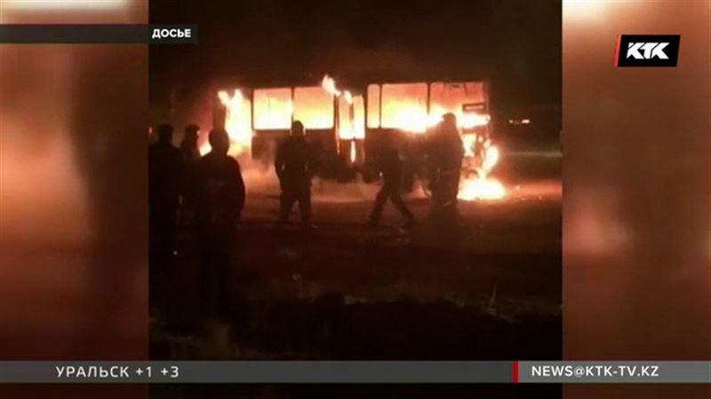 Кондуктор сгоревшего в Жезказгане автобуса скончался от ожогов