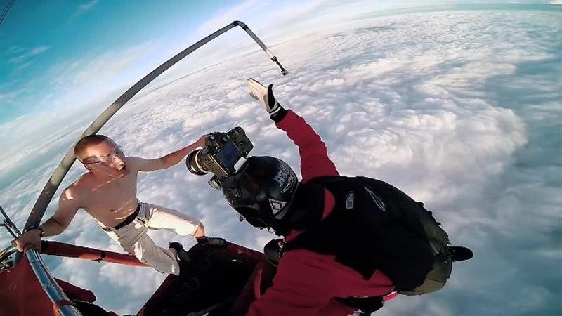 ТРЮК: Падение с 4000 метров без парашюта