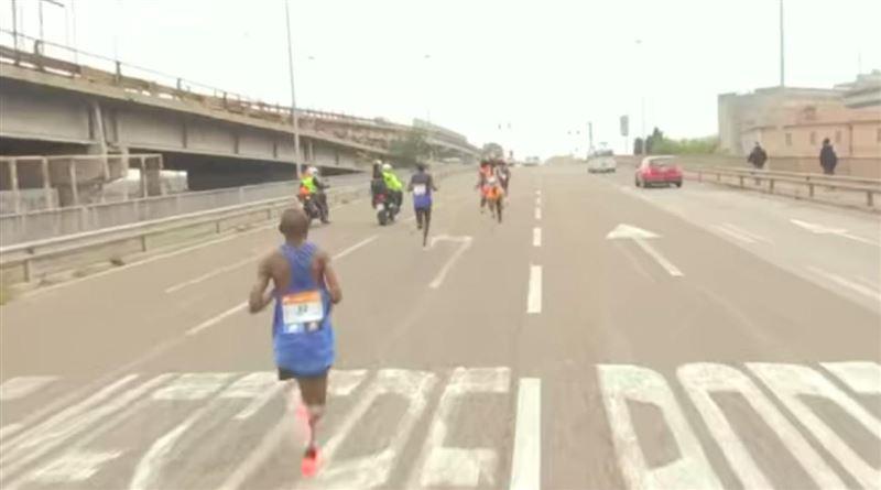 Итальянец выиграл Венецианский марафон, потому что другие побежали не в ту сторону
