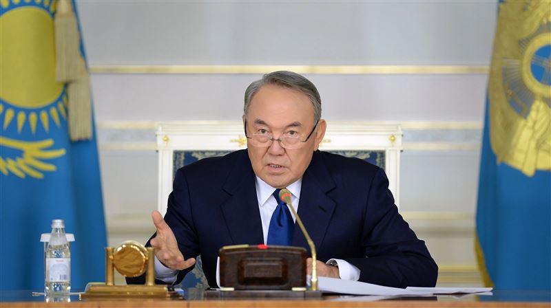 Назарбаев подписал указ о переходе на латиницу