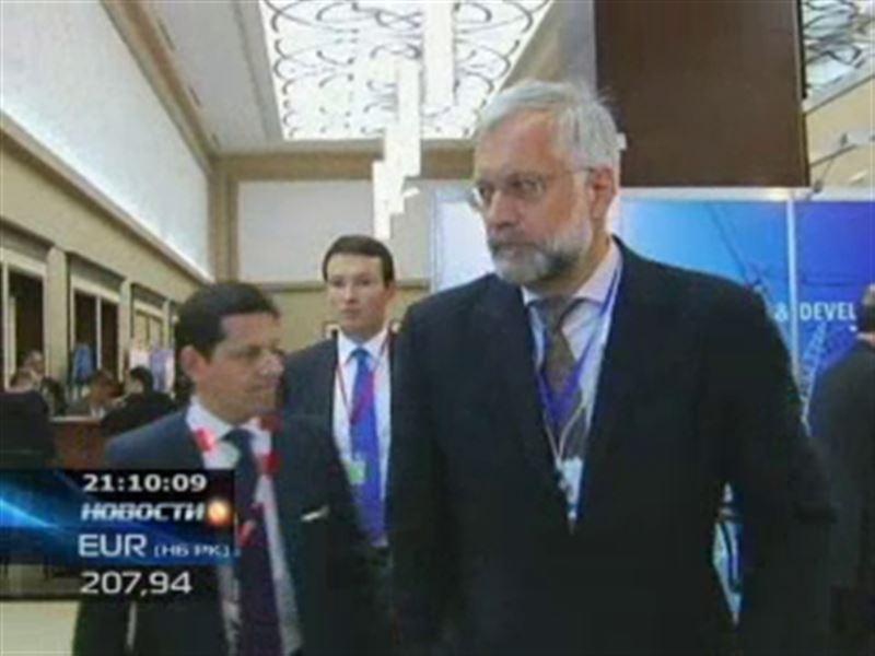 Если Григорий Марченко возглавит МВФ, то к горничным приставать не будет