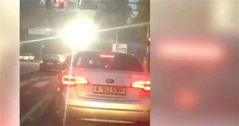 Контактная линия воспламенилась в Алматы
