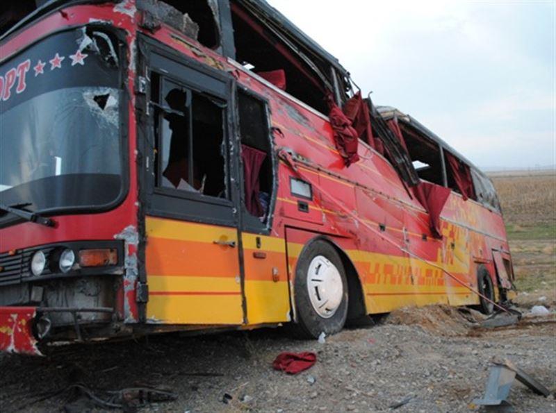 Новые подробности о перевернувшемся автобусе на трассе Алматы – Шымкент