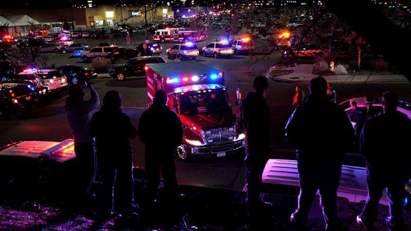 Число жертв у магазина Walmart в США  выросло до трех человек