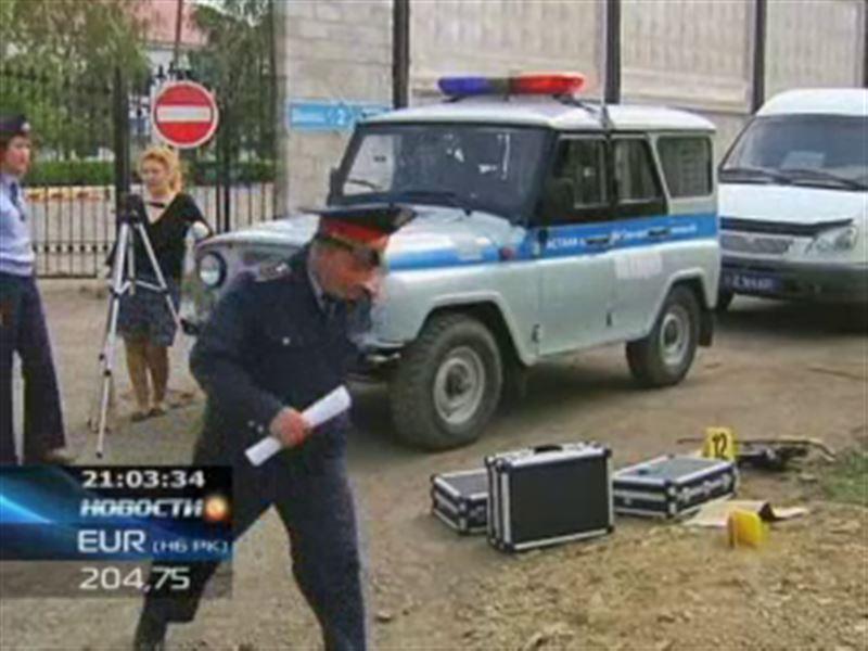 У здания следственного департамента КНБ взлетел на воздух легковой автомобиль