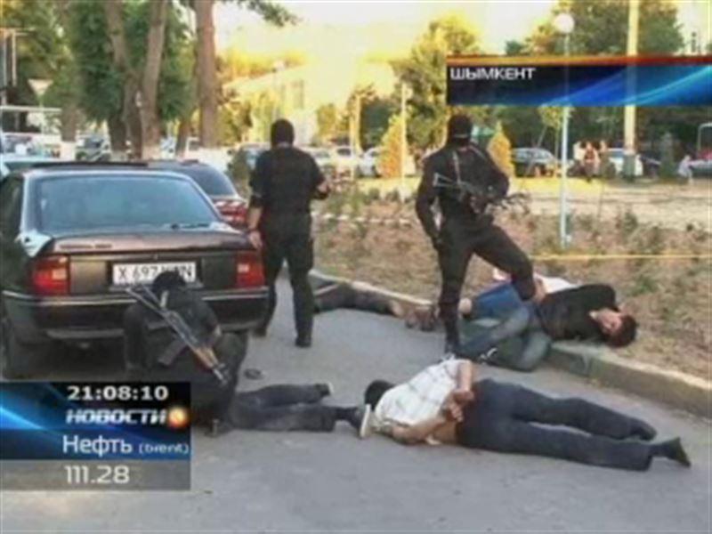 Шымкентские полицейские задержали преступную банду