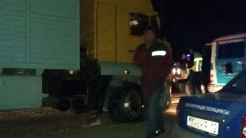 ВИДЕО: В Актау полицейские устроили погоню за грузовиком