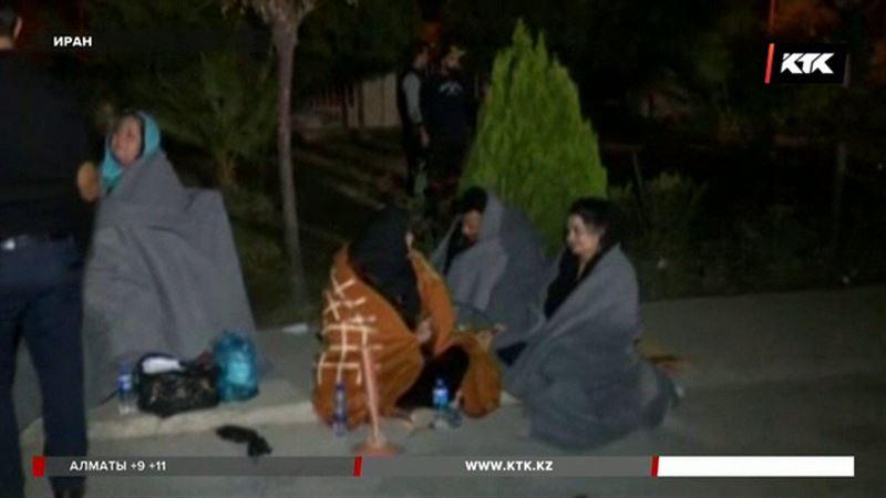 Землетрясение в Иране: число погибших возросло до 382 человек