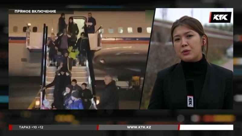 Пятерых казахстанцев вывезли из Сирии российские военные