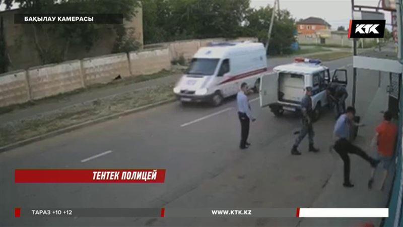 Павлодарда дәмханаға келушілерді соққыға жыққан полицей сотталды