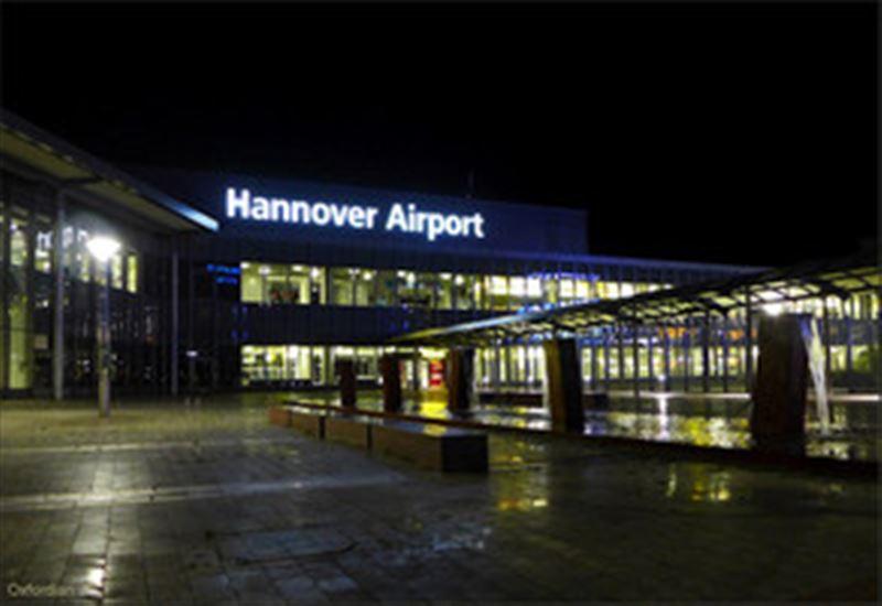 Аэропорт Ганновера закрывался из-за обнаружения пакета со взрывчаткой