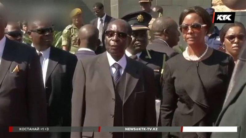Желание первой леди стать президентом привело к политическому кризису в Зимбабве