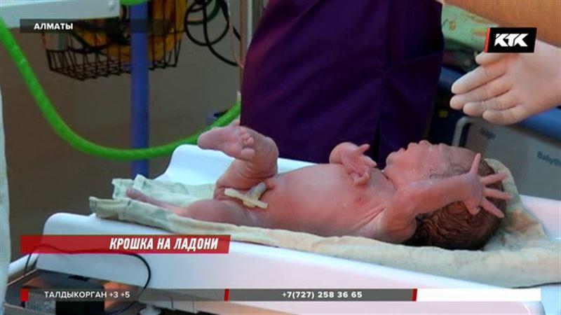 В Алматы все больше рождается недоношенных детей