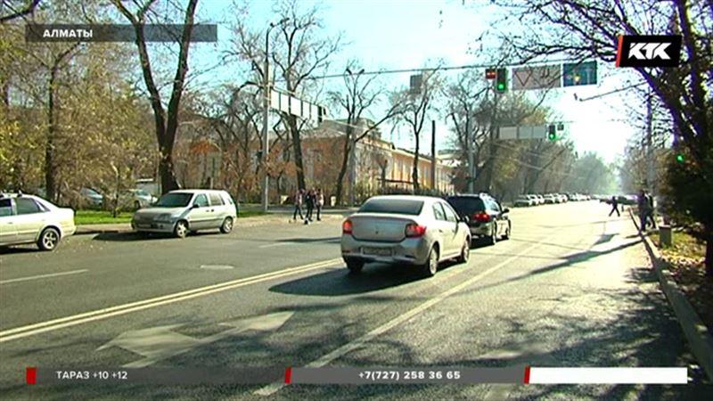 Алматинским водителям ездить налево скоро будет нельзя