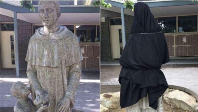 В Австралии разгорелся скандал из-за статуи святого с батоном
