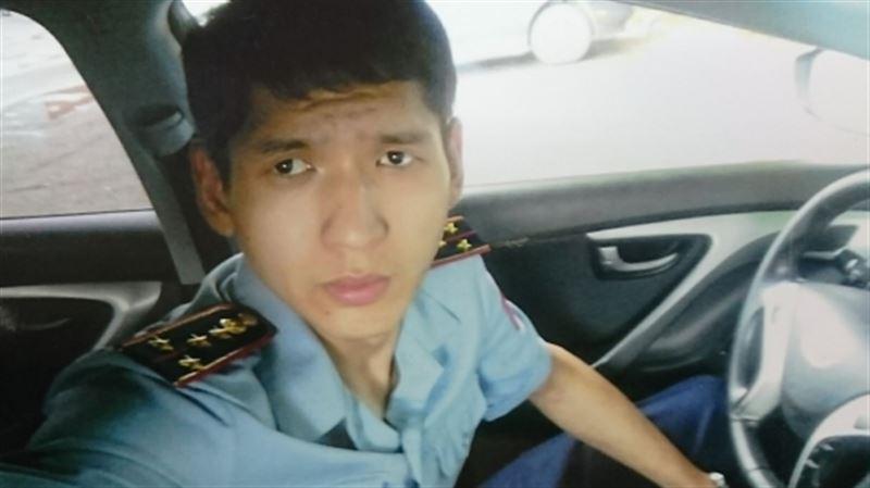 Алматинец, выдавая себя за полицейского, обворовывал девушек