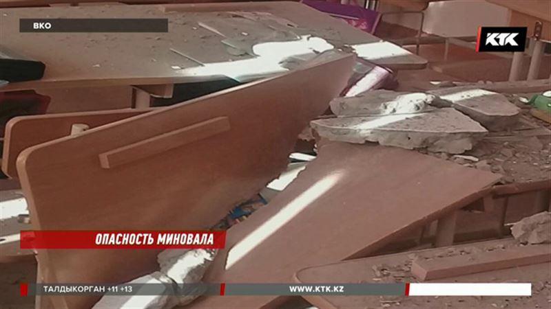 Школьника, пострадавшего после падения штукатурки, обследуют в Новосибирске