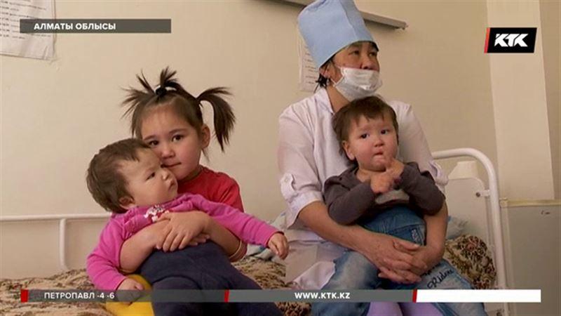 Алматы облысында төрт баласын тастап кеткен безбүйрек ана табылды