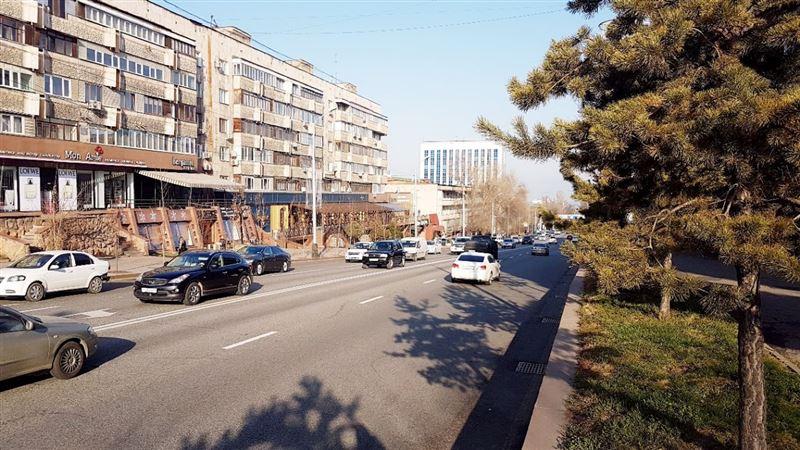 Алматыдағы Фурманов көшесі Назарбаев даңғылы болып өзгерді